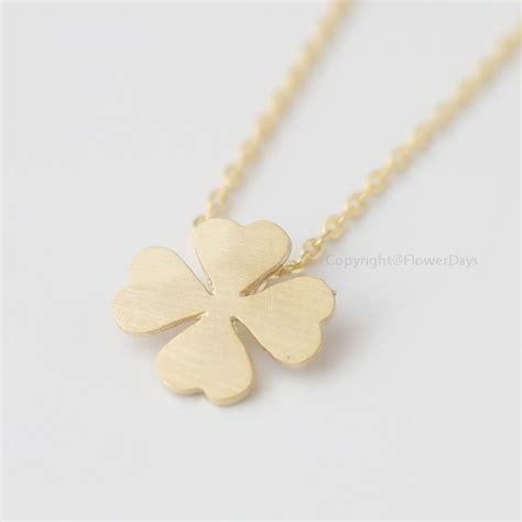 four leaf clover necklace in gold on luulla