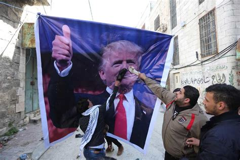 donald trump palestine trump overtures to palestinians confuses concerns many