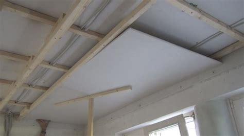 Decke Mit Gipskarton Verkleiden by Decke Abhngen Anleitung Holz Trockenbau In Mnchen