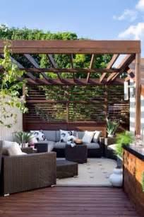Room And Board Planters by Salon De Jardin En D 233 Co Terrasse Avec Petite Pergola Et