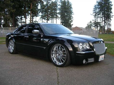 Custom Chrysler 300   Custom Chrysler 300 Pictures