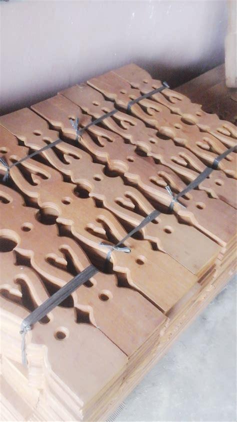 jual pagar kayu ulin motif ukir  lapak pagar ulin