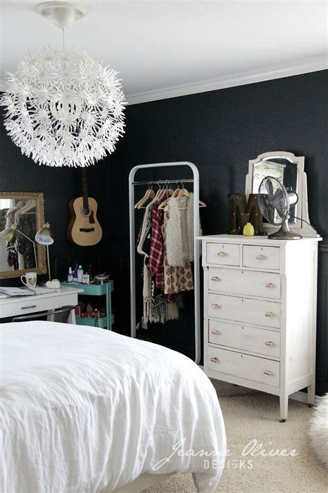 stylish teen s bedroom ideas homelovr 23 stylish teen girl s bedroom ideas homelovr 23 | Dark Paint Color