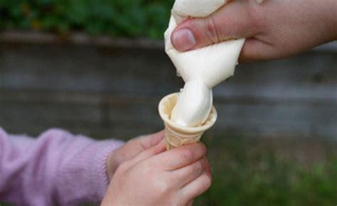 Alat Perekat Plastik Es Krim ajak si kecil bikin es krim vanila enak dengan 5 langkah ini