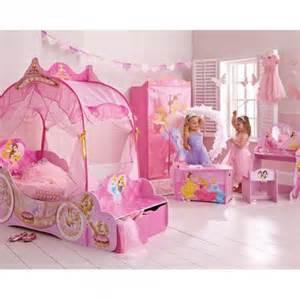 Meuble De Rangement Fille #1: .princesses_disney_pas_cher_deco_meuble_mobilier_accessoires_lit_armoire_coffre_a_jouets_decoration_princesse_disney_chambre_fille_princesse_disney_pas_cher_m.jpg