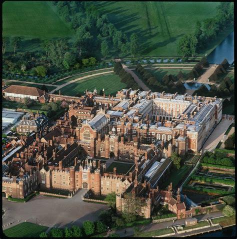 Hampton Court Palace Floor Plan by Tudor Times Tudor Times Hampton Court Palace Wolsey S