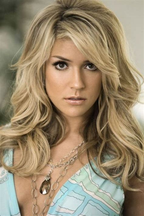 Hairstyles For Faces by Hairstyles For Shape How To Flatter