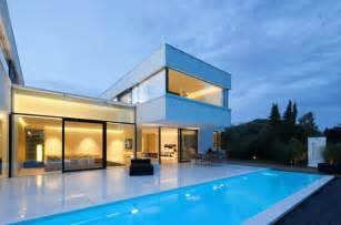 haus mit schwimmbad villa contemporaine luxueuse en bavi 232 re archiboom l