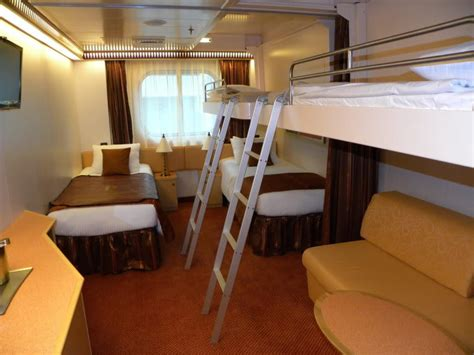 How Many Cabins On A Cruise Ship by Carnival Cruise Ship Magic Cabins Cabin For 5 In