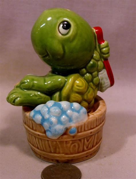 turtle in bathtub 329 best images about salt and pepper shakers on pinterest