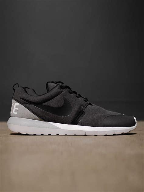 Nike Rosherun By Cheap Footwear nike rosherun nm w sp lightweight motion foam