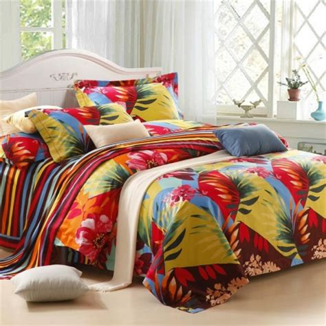 Hawaiian Print Bedding Sets Green Yellow And Tropical Hawaiian Themed Colorful Leaf Pattern With Stripe Print