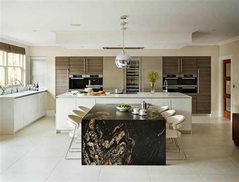 cuisine am駻icaine petit espace am 233 nager 224 la maison une cuisine moderne au design sobre