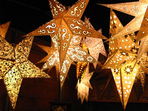 16 best photos of christmas paper star lanterns gold