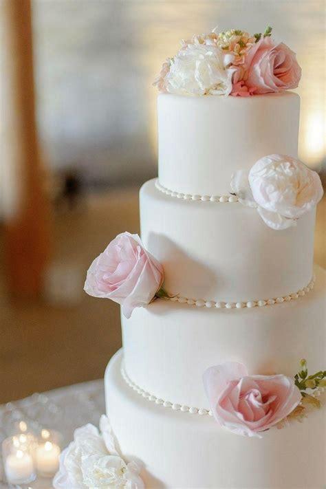 Hochzeitstorte Gelb by 23 Tolle Ideen F 252 R Die Perfekte Hochzeitstorte