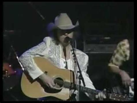 ain t that lonely yet dwight yoakam ain t that lonely yet live 1993 dwight