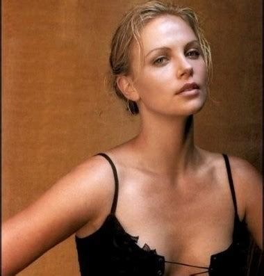 Charlize Theron Got Rid Of The Black Do by Itt Transformations Looking Better After