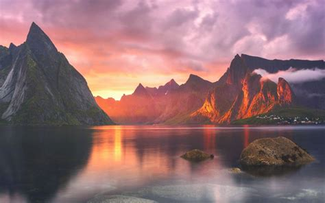 landscape wallpaper for macbook pro check out five new stunning wallpapers from os x yosemite
