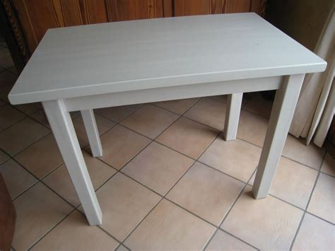 Comment Renover Une Table En Chene Vernie by Pas 224 Pas Pour Relooker Une Table En Pin Vernie Patines