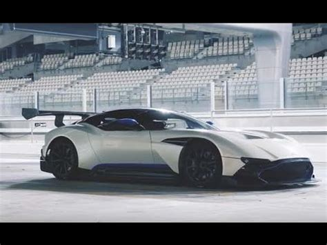 aston martin top gear aston martin vulcan hits the track top gear magazine