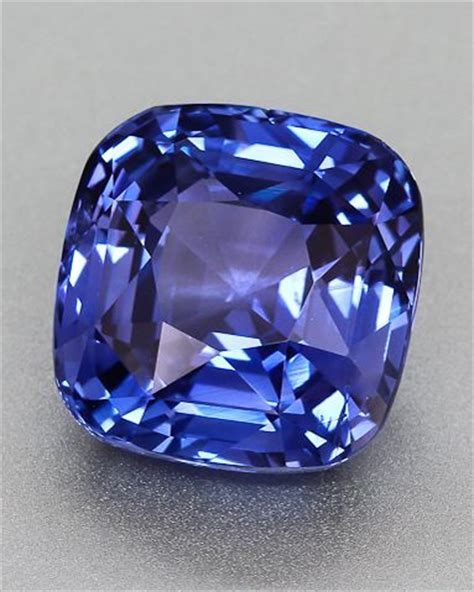 Blue Safir Srilangka 2 violet blue sapphire from sri lanka rocks crystals