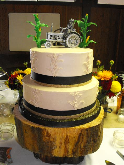 fall country style wedding cake cakes