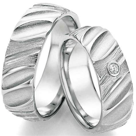 Hochzeitsringe Silber by Hochzeitsringe Aus Silber Mit Tiefer Struktur