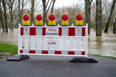 Motorradmesse Rodenkirchen by Ein Sonntagmorgen Beim Hochwasser In K 246 Ln