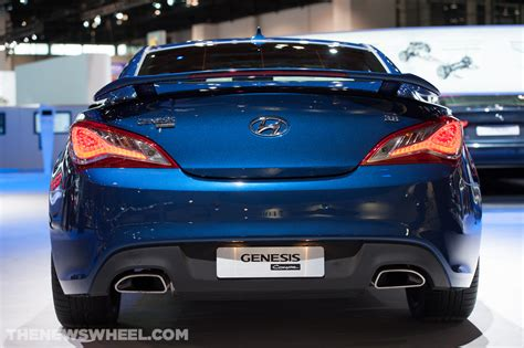 hyundai coupe genesis 2014 2014 hyundai genesis coupe overview the news wheel
