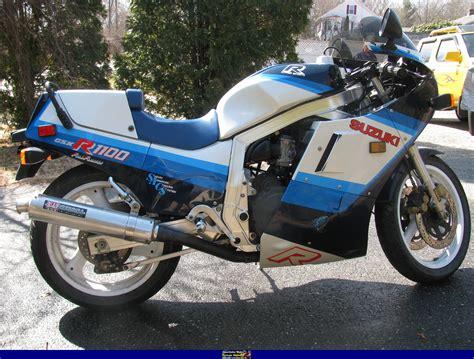 1986 Suzuki Gsxr 1100 by 1986 Suzuki Gsx R 1100 Pics Specs And Information