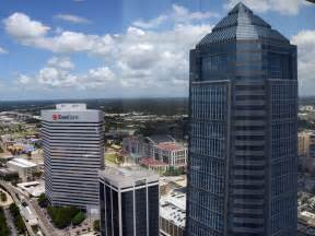 deutsche bank jacksonville office global heavy hitting bank macquarie plans move to