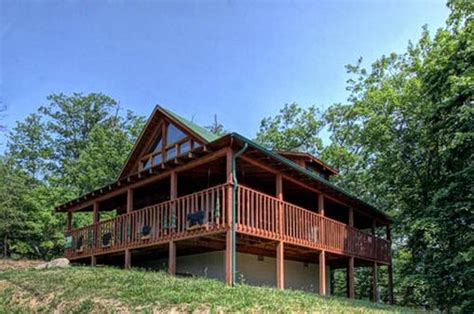 2 bedroom cabins in pigeon forge tn somewhere in time 2 bedroom vacation cabin rental in