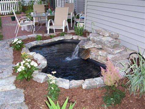 building backyard pond 25 best ideas about small backyard ponds on pinterest