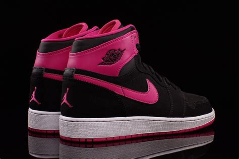 the new air jordan 1 retro vivid pink pack is just for