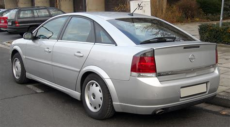 opel vectra 2003 file opel vectra c gts rear 20081127 jpg wikimedia commons