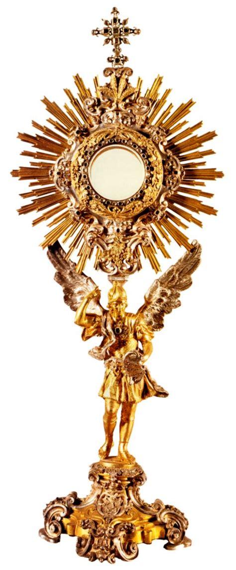 imagenes de jesus sacramentado en la custodia devocion al santisimo sacramento del altar liturgical