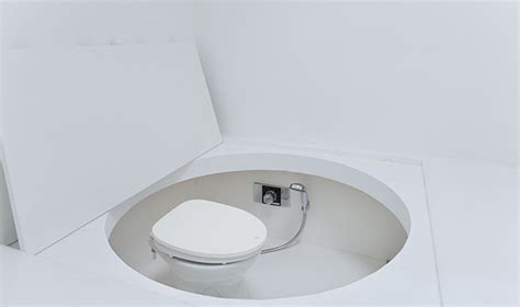Cing Toilet Design by Paco House Jacked In The Box Gadgetking