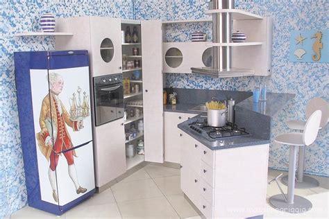 immagini cucine con penisola cucine a isola cucine con penisola