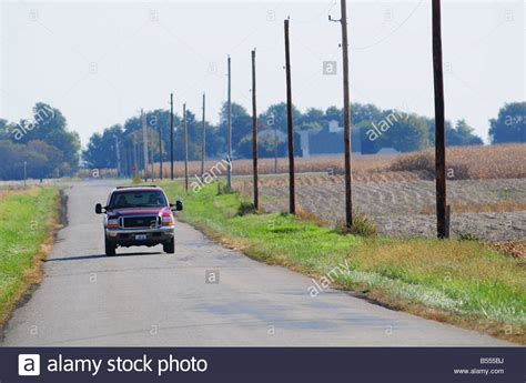 boat on fire driving down road f350 stock photos f350 stock images alamy