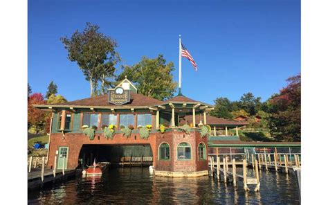 dinner on a boat in lake george the boathouse restaurant on lake george ny delicious