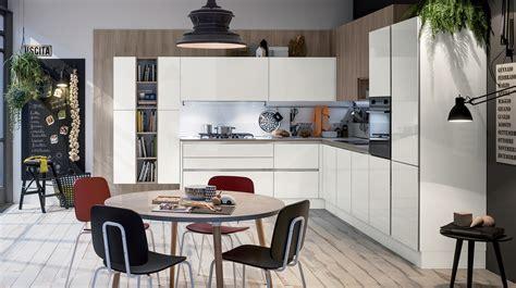 colori veneta cucine colori laccati lucidi ed effetto vetro per la cucina like