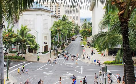 Honolulu Property Records Honolulu Makes It Illegal To Text While Crossing The
