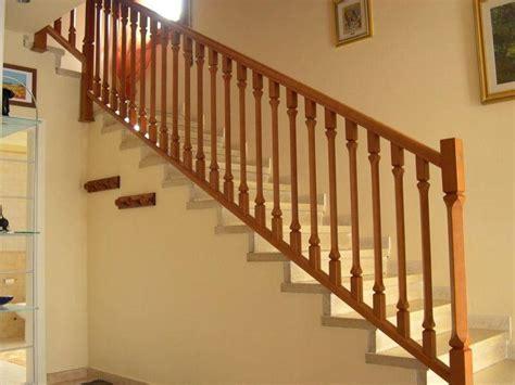 ringhiera in legno per scale ringhiere scale interne