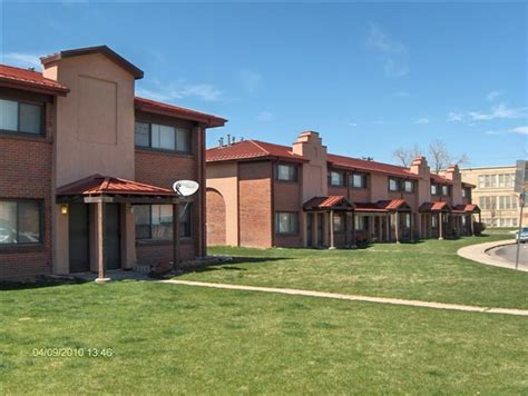 Apartments In Denver That Go By Income Senior Housing Affordable Senior Housing Denver