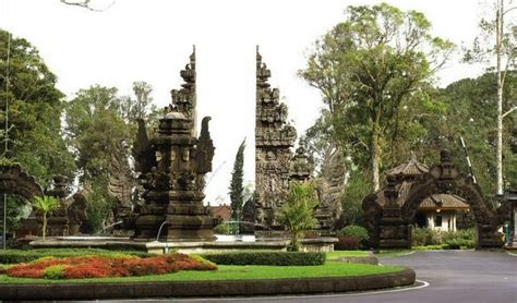 Bedugul Tour Bernard Bali Advisor Bali Botanic Gardens