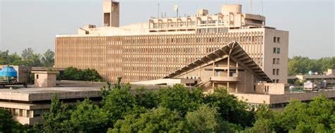Dtu Mba East Delhi Cus by Iits Colleges India List Of Premium Institute Cus