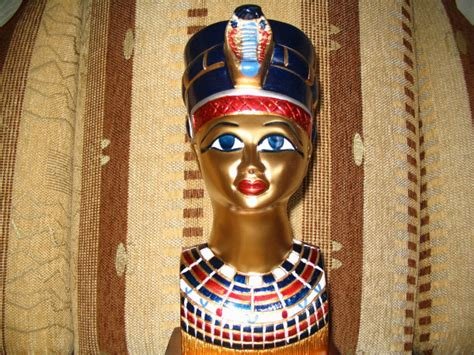 cleopatra biography facts 15 interesting facts about cleopatra