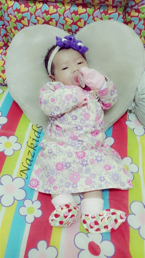 pattern baju baby newborn baby girl wearing pinky baju kurung made of full