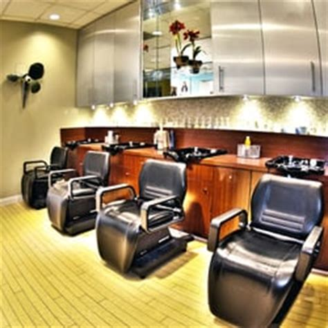 interlocking hair salon in st louis philip johnson salon and spa 28 photos 94 reviews