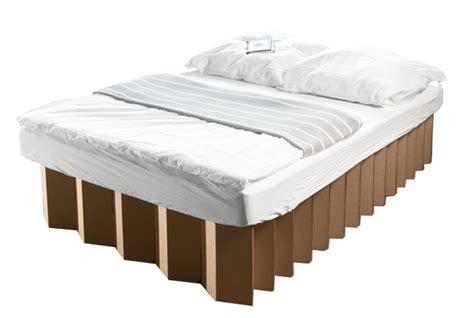 Bett Aus Pappe by Gewinne Ein Bett Aus Pappe Room In A Box